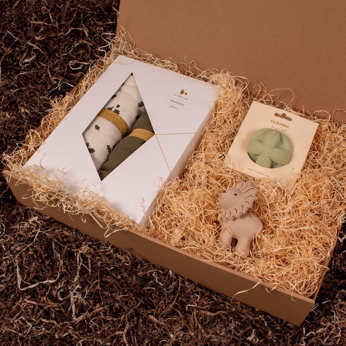 Barsel- og dåbsgave - Gavesæt sovetid | 2-pak babysvøb, gribebold og et bide- og badedyr